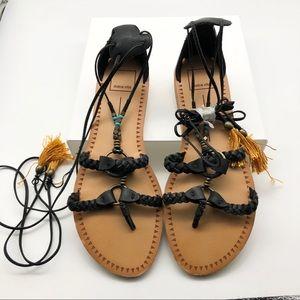Dolce Vita Black Lace Up Gladiator Sandals, size 9